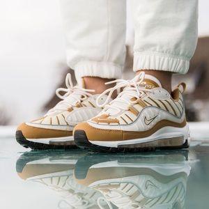 Nike Air Max 98 NWT